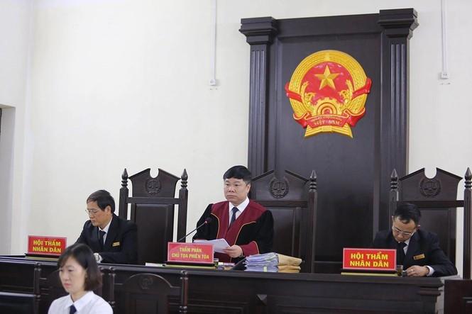 Khá 'bảnh' nhận 10 năm 6 tháng tù, hứa sẽ thành công dân có ích - ảnh 2