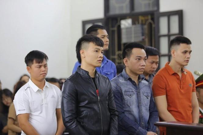 Khá 'bảnh' nhận 10 năm 6 tháng tù, hứa sẽ thành công dân có ích - ảnh 1