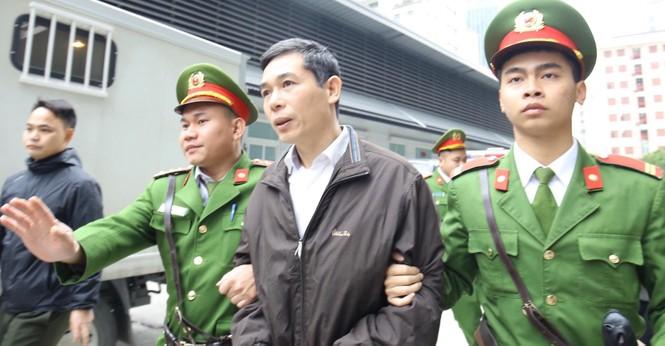 Cựu Bộ trưởng Nguyễn Bắc Son nhận án chung thân, Trương Minh Tuấn 14 năm tù - ảnh 6