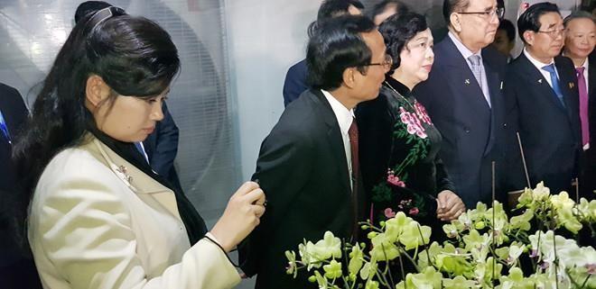 Nữ ca sỹ quyền lực triều tiên Hyon Song Wol - ảnh 2