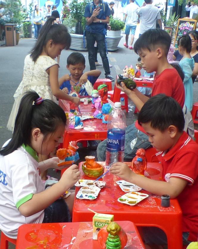 Trên 300 trẻ Mái ấm tình thương tham gia 'Ngày hội đọc sách' hè 2019 - ảnh 3