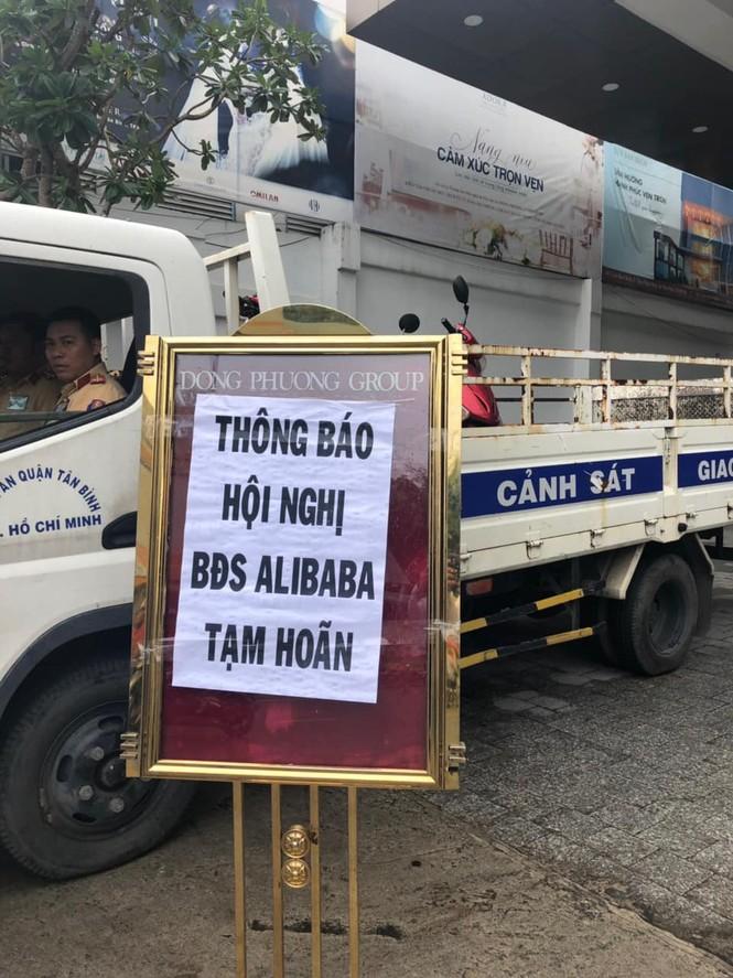 Hàng loạt ca sĩ bức xúc vì địa ốc Alibaba cho làm khách mời... bất đắc dĩ  - ảnh 4