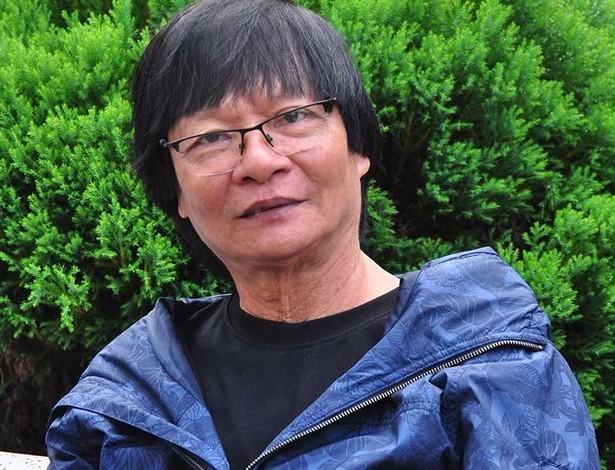 Nhà văn Đoàn Thạch Biền tặng bản quyền toàn bộ những tác phẩm cho Công ty Huyền Đức - ảnh 2