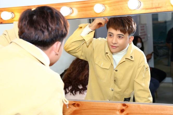 Hotboy Henry Ngọc Thạch đi hát với cát-xê 80 ngàn đồng còn bị ép mất show - ảnh 2