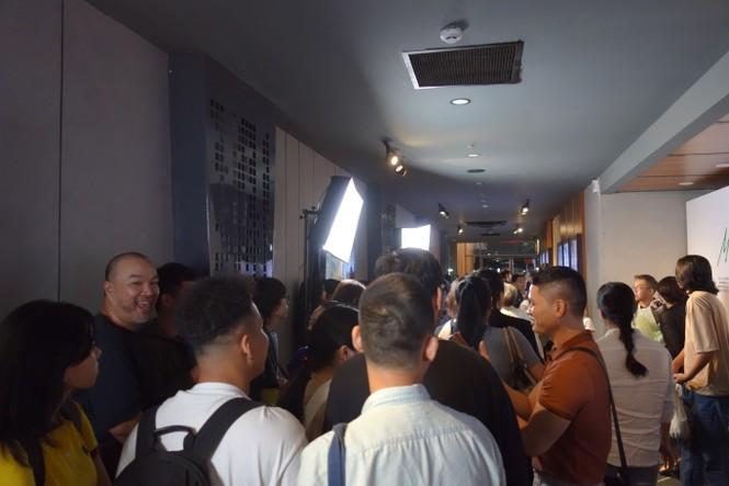Hàng trăm khán giả 'cháy' với âm nhạc và bộ phim về nhạc sỹ Trần Tiến  - ảnh 1