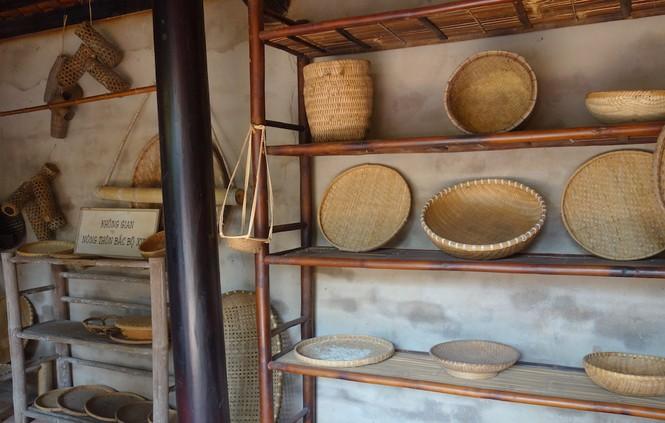 Độc đáo căn nhà truyền thống của đồng bằng Bắc bộ ở TP.HCM - ảnh 5