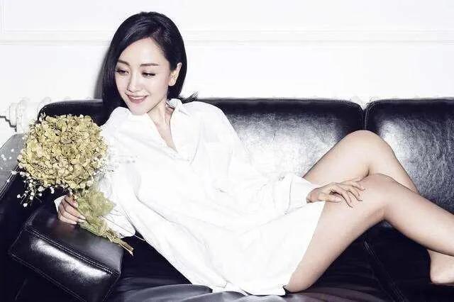"""Top 4 sao nữ """"sạch"""" nhất của làng giải trí Hoa ngữ, khiến mọi paparazzi phải bó tay - ảnh 1"""