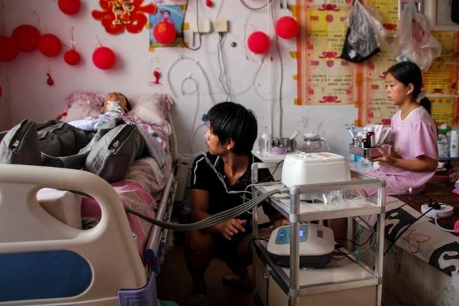 Cảm động bé gái 11 tuổi nhặt phế liệu gom tiền giành tặng bố mẹ lễ thất tịch đáng nhớ - ảnh 5