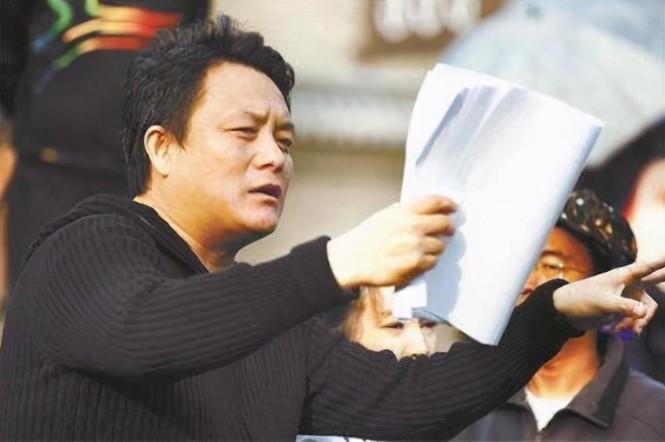 Nổi tiếng làng giải trí Hoa Ngữ: Tiểu thuyết ngôn tình 27 năm khiến giới trẻ