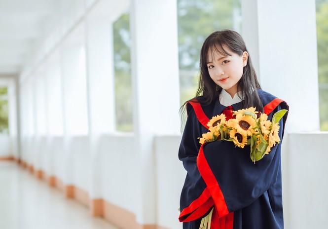 Nữ sinh ngành Luật đam mê ca hát, quyết tâm giảm 10kg để không bị body shaming - ảnh 10
