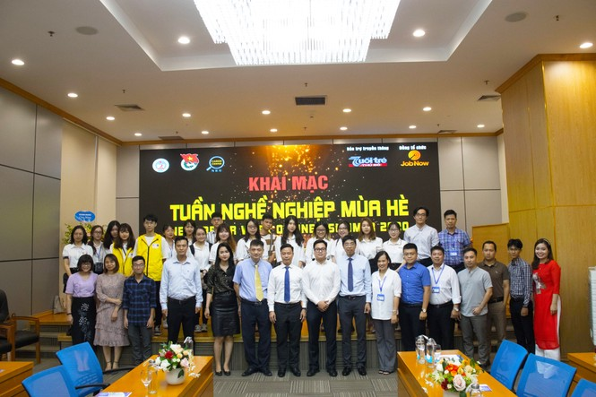 Khai mạc Tuần nghề nghiệp mùa hè 2020: Cơ hội việc làm lớn cho sinh viên Kinh tế Quốc dân - ảnh 3