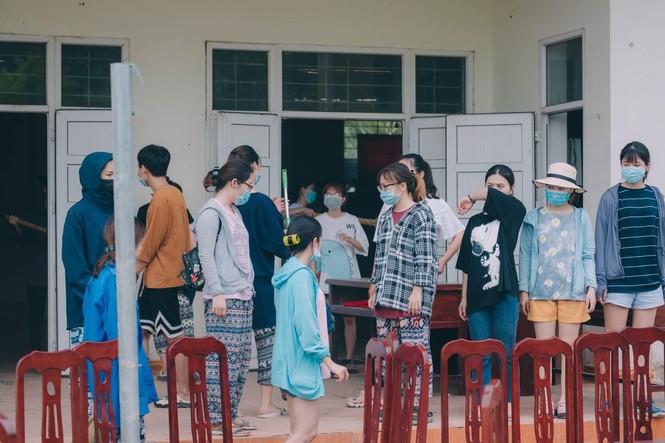 Mùa hè xanh tình nguyện của tuổi trẻ trường Đại học Thương Mại - ảnh 12