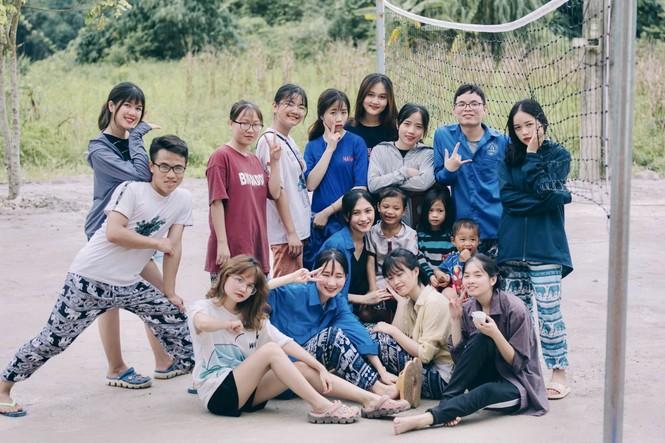 Mùa hè xanh tình nguyện của tuổi trẻ trường Đại học Thương Mại - ảnh 18