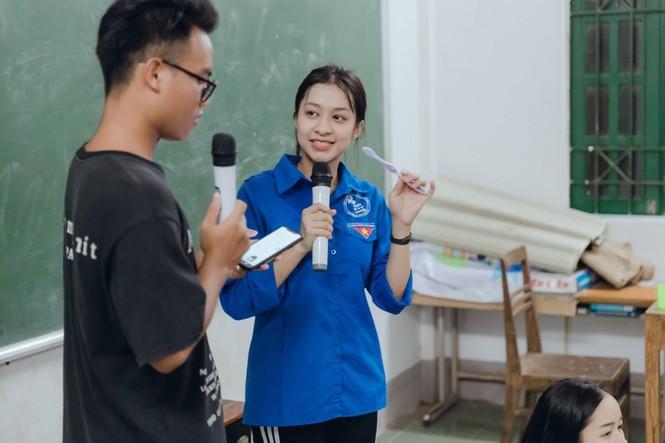 Mùa hè xanh tình nguyện của tuổi trẻ trường Đại học Thương Mại - ảnh 22