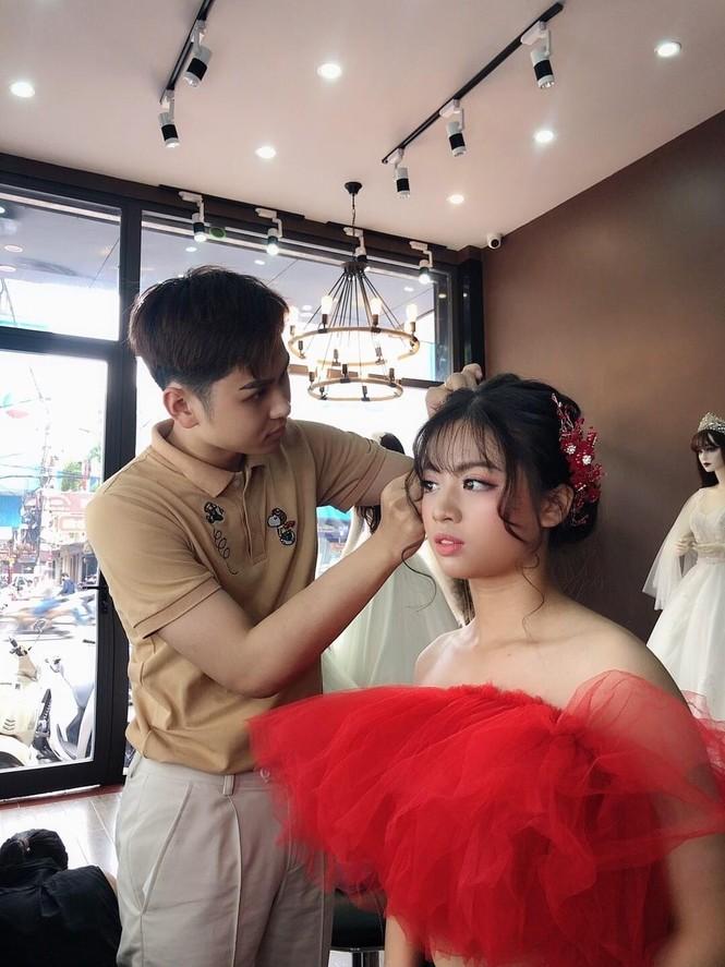 Học đại học Văn hoá lại bén duyên với nghề make up và mẫu ảnh - ảnh 5