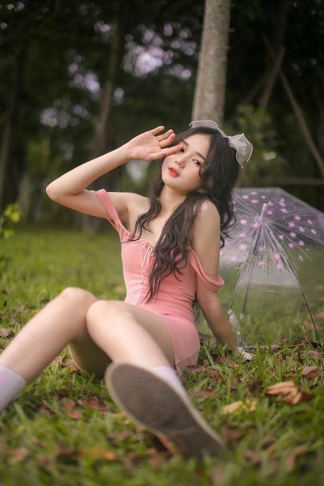 """Nữ sinh 10X Bình Dương sở hữu nhan sắc ngọt ngào tựa """"búp bê lai"""" - ảnh 11"""
