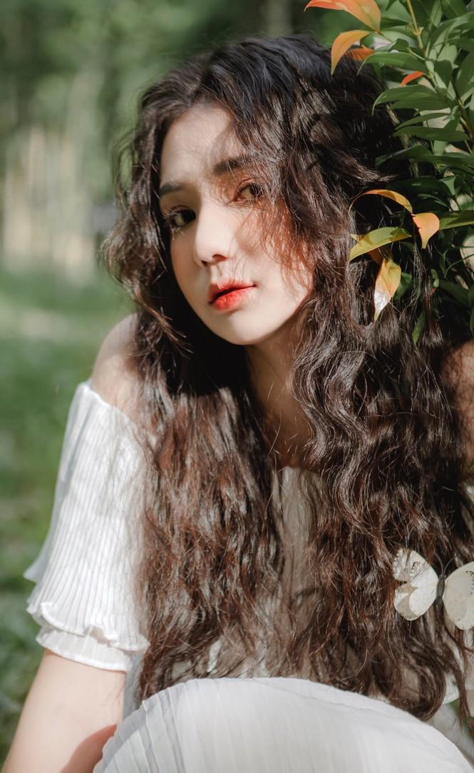 """Nữ sinh 10X Bình Dương sở hữu nhan sắc ngọt ngào tựa """"búp bê lai"""" - ảnh 4"""