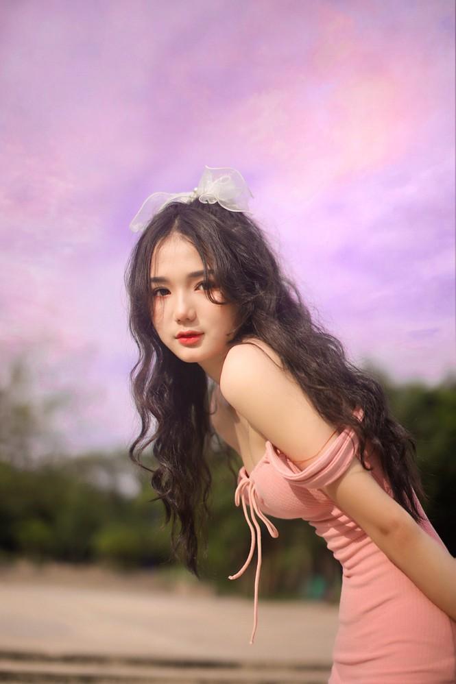 """Nữ sinh 10X Bình Dương sở hữu nhan sắc ngọt ngào tựa """"búp bê lai"""" - ảnh 9"""