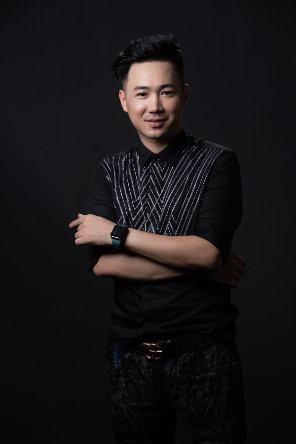 """NTMT Trần Trung: """"Chỉ cần chọn đúng và dám theo đuổi đam mê, mọi thứ sẽ thành hiện thực"""" - ảnh 1"""