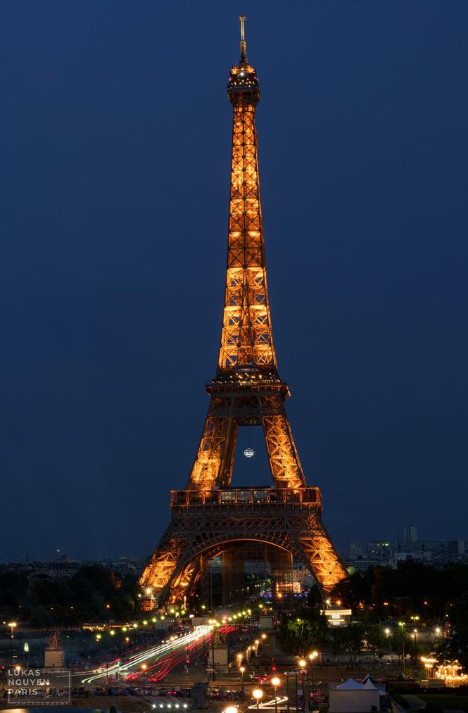 Thành phố Paris về đêm mùa COVID-19 qua góc máy của du học sinh Việt Nam - ảnh 1