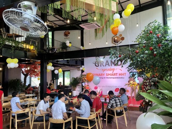 Trường CĐ nghề Công nghệ cao Hà Nội khai trương quán cafe đẹp mê ly ngay trong khuôn viên  - ảnh 1