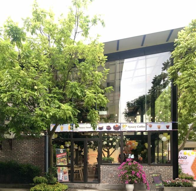 Trường CĐ nghề Công nghệ cao Hà Nội khai trương quán cafe đẹp mê ly ngay trong khuôn viên  - ảnh 4
