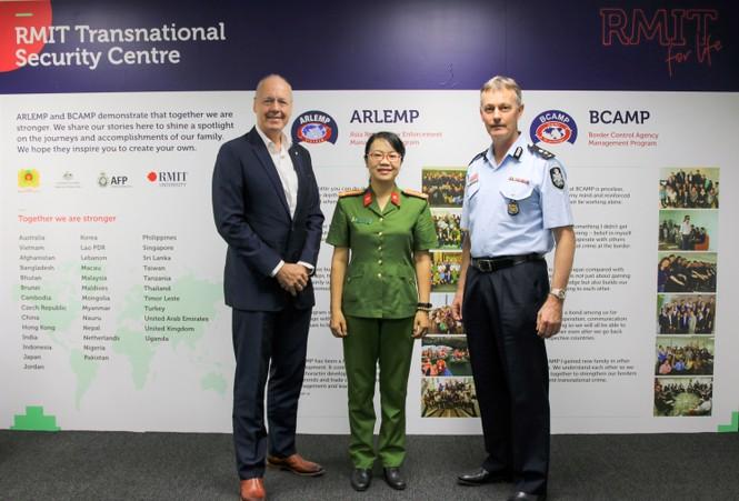 RMIT cung cấp chương trình đào tạo giúp đối phó với tội phạm xuyên quốc gia - ảnh 2