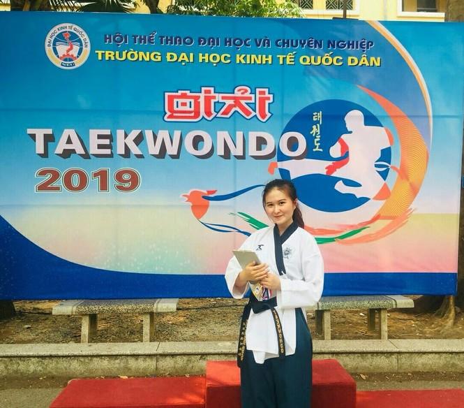 Nữ sinh ĐH Kinh tế Quốc dân tốt nghiệp loại giỏi, luyện Taekwondo và ước mơ trở thành MC - ảnh 12