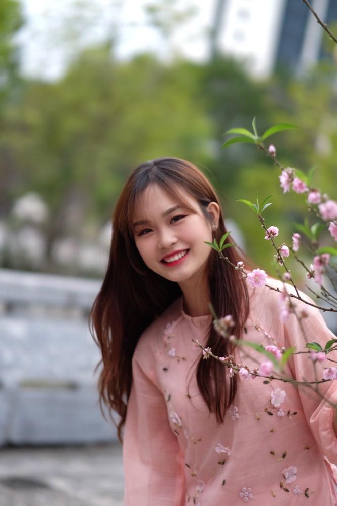 Vẻ đẹp chuẩn Hàn Quốc của nữ sinh trường ĐH Kinh doanh và Công nghệ Hà Nội  - ảnh 10