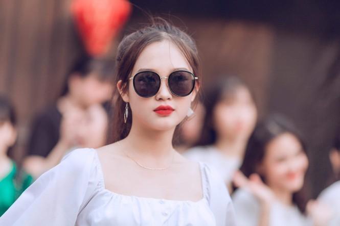 Vẻ đẹp chuẩn Hàn Quốc của nữ sinh trường ĐH Kinh doanh và Công nghệ Hà Nội  - ảnh 13