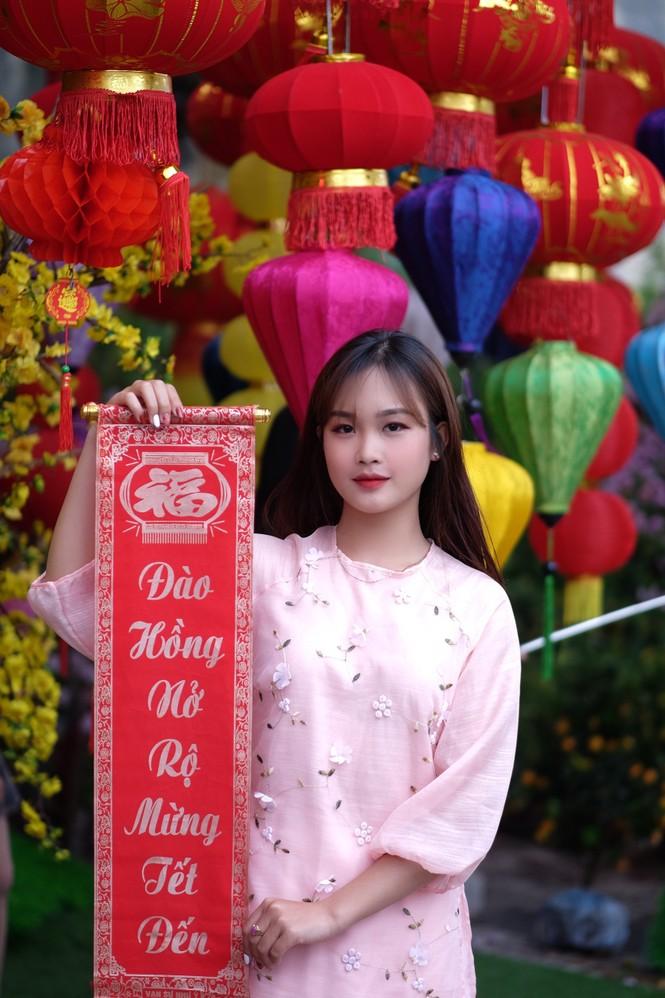 Vẻ đẹp chuẩn Hàn Quốc của nữ sinh trường ĐH Kinh doanh và Công nghệ Hà Nội  - ảnh 7