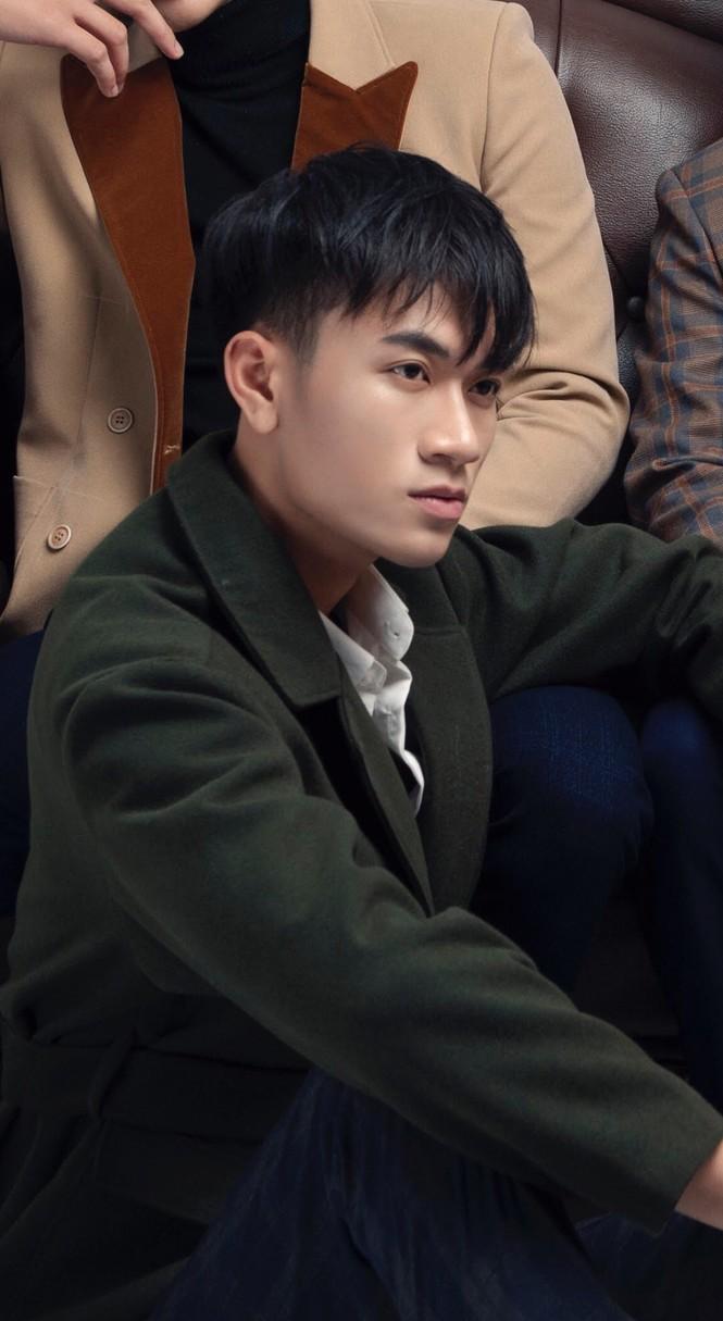 Chàng trai cao 1m90 từ Lào Cai xuống Hà Nội học diễn viên - ảnh 4