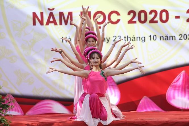 Trường Đại học Phương Đông đón gần 2000 tân sinh viên trong lễ Khai giảng năm học mới - ảnh 2