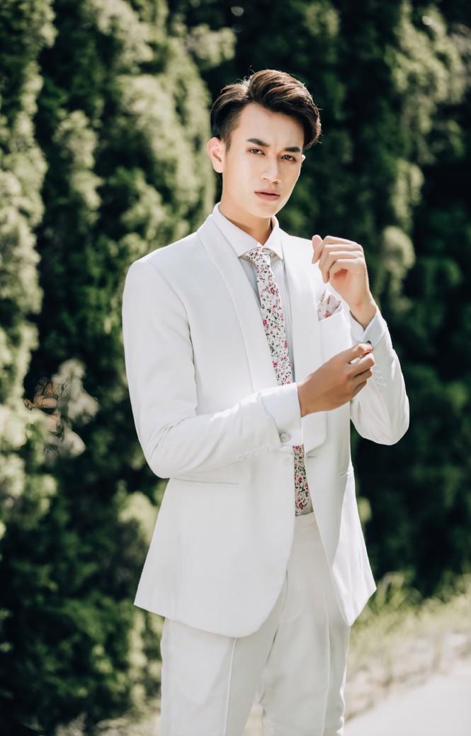 Chàng trai cao 1m90 từ Lào Cai xuống Hà Nội học diễn viên - ảnh 6