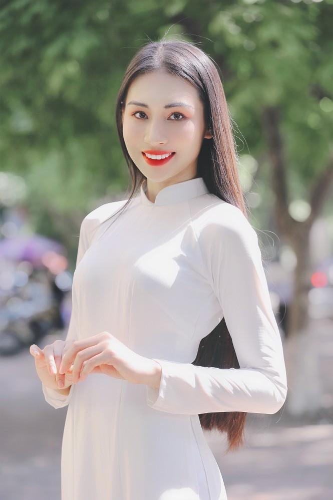 Hoa khôi Học viện Phụ nữ Việt Nam tinh khôi trong bộ ảnh áo dài - ảnh 10