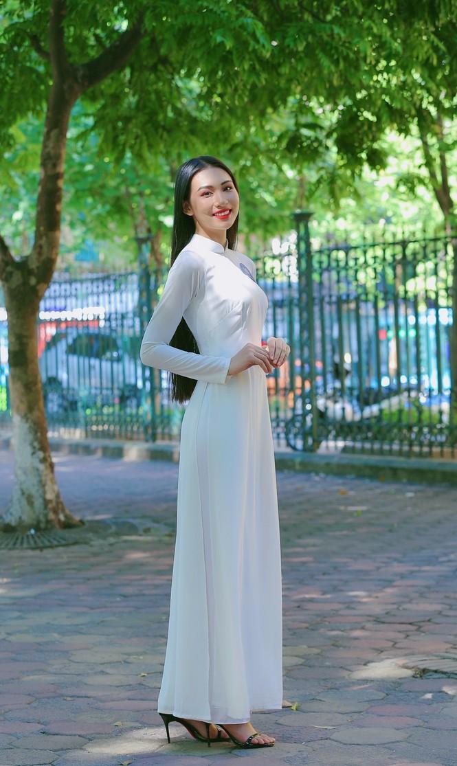 Hoa khôi Học viện Phụ nữ Việt Nam tinh khôi trong bộ ảnh áo dài - ảnh 9