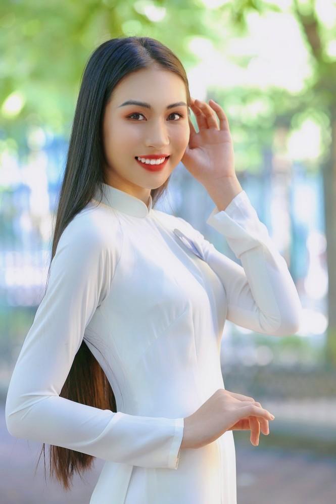 Hoa khôi Học viện Phụ nữ Việt Nam tinh khôi trong bộ ảnh áo dài - ảnh 12
