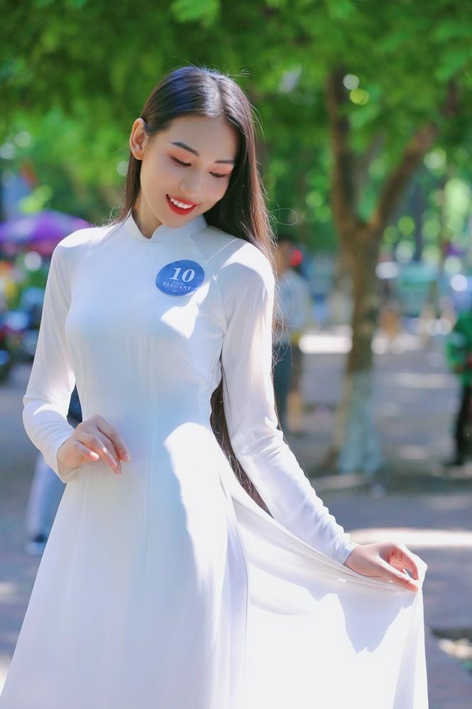 Hoa khôi Học viện Phụ nữ Việt Nam tinh khôi trong bộ ảnh áo dài - ảnh 15