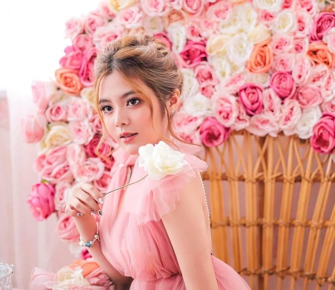 Ngắm nhìn bộ ảnh đẹp như công chúa của nữ sinh Đại học Công nghiệp TP.HCM - ảnh 4