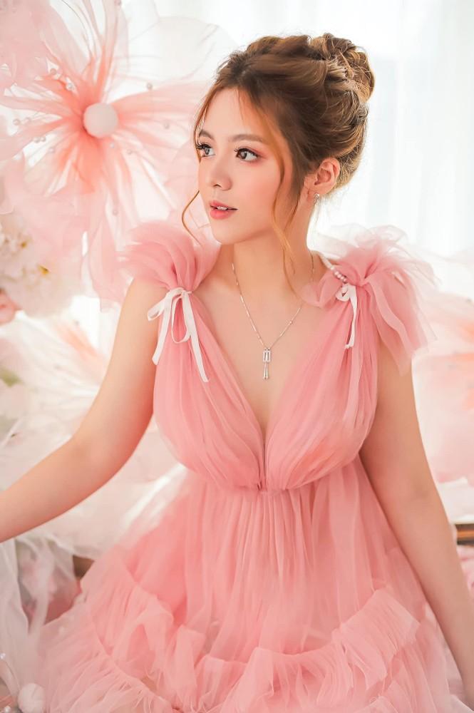 Ngắm nhìn bộ ảnh đẹp như công chúa của nữ sinh Đại học Công nghiệp TP.HCM - ảnh 6