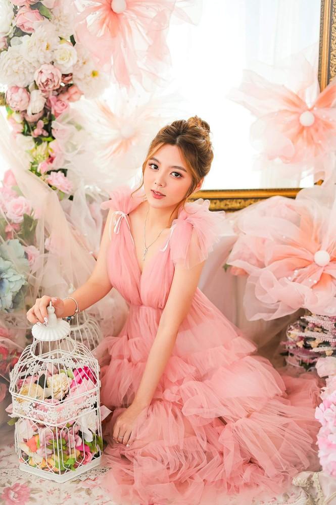 Ngắm nhìn bộ ảnh đẹp như công chúa của nữ sinh Đại học Công nghiệp TP.HCM - ảnh 7