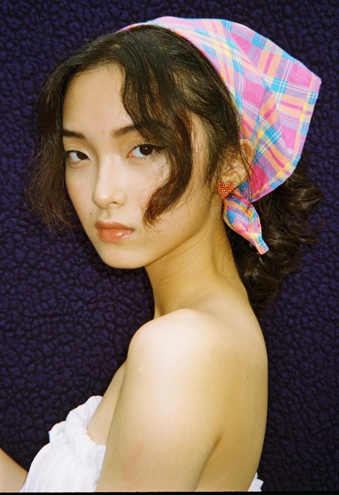 Khánh Linh – Vẻ đẹp độc lạ trong thế giới thời trang - ảnh 7