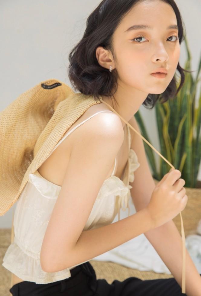 Khánh Linh – Vẻ đẹp độc lạ trong thế giới thời trang - ảnh 1