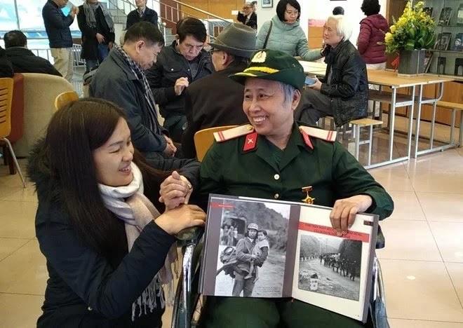 """Tác giả Trần Mạnh Thường ra mắt cuốn sách """"Nhìn lại cuộc chiến biên giới phía Bắc 1979"""" - ảnh 3"""