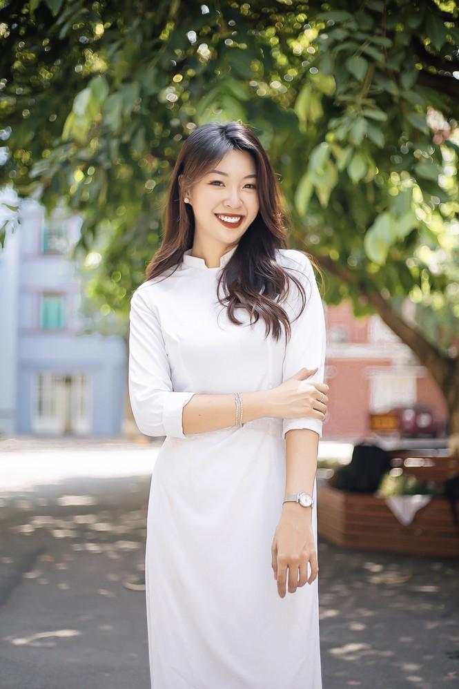 Hành trình giảm cân truyền cảm hứng của nữ sinh viên Báo chí - ảnh 10