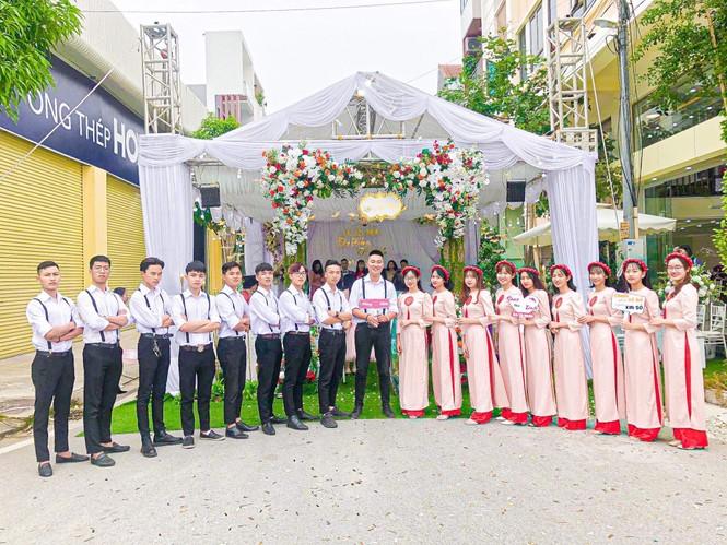 Chàng trai Nam Định cung cấp dịch vụ bê tráp cho ngót nghét nghìn cặp đôi - ảnh 10