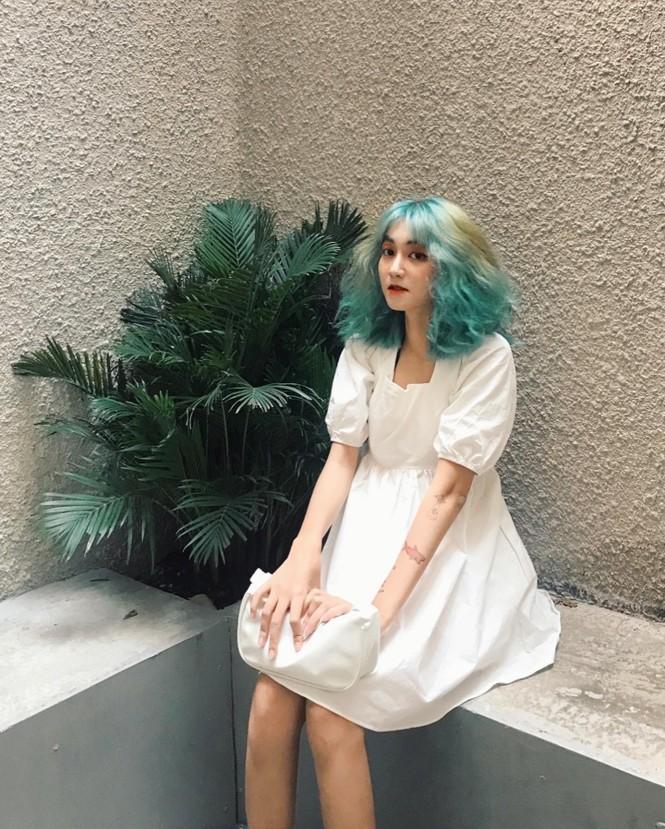 Nữ sinh thay đổi màu tóc mỗi tuần - ảnh 2