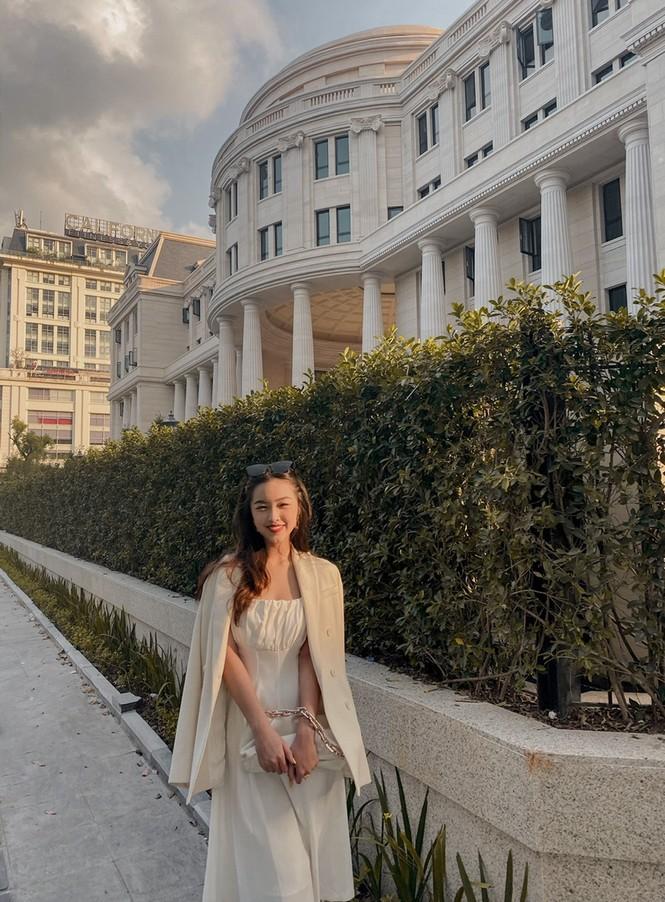 Tân hoa khôi Đại học Luật sở hữu thành tích học tập đáng ngưỡng mộ - ảnh 14