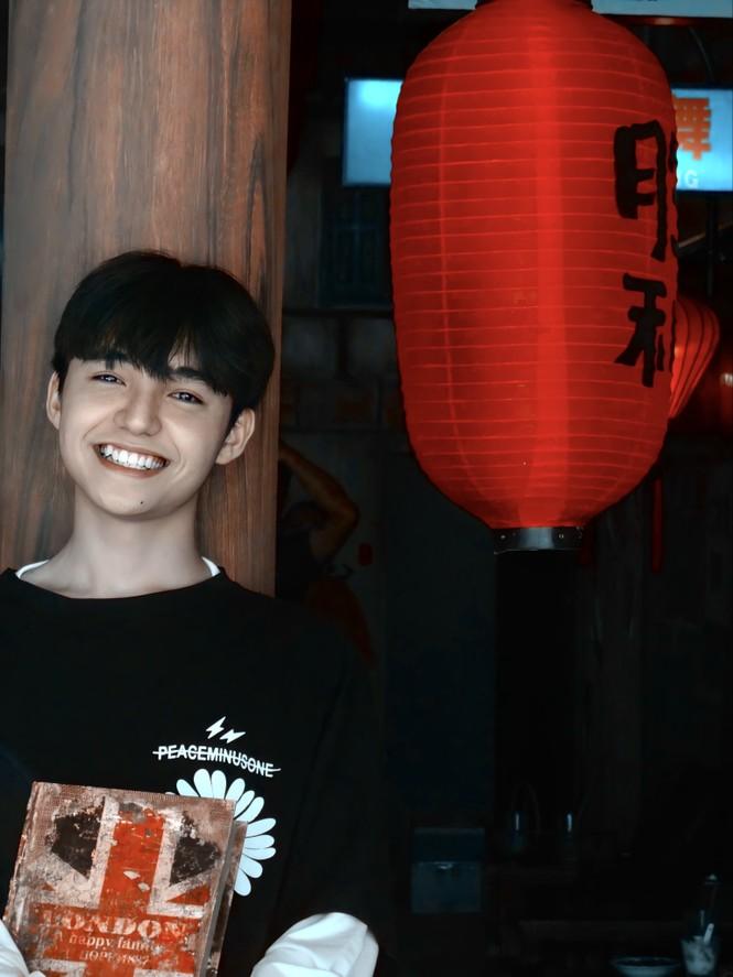 Hot Tiktok Tân Hạc: Nam sinh tài năng với nụ cười tỏa nắng và động lực sống tích cực - ảnh 10