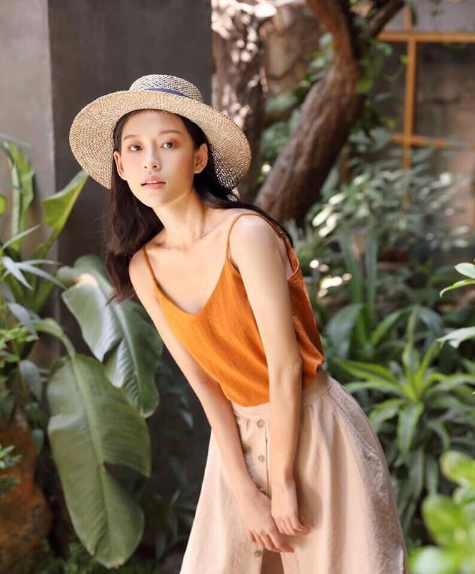 Nữ chính trong MV mới của Erik được netizen săn lùng bởi gương mặt đẹp tựa hoa đán - ảnh 7